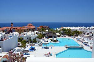 Appartement te huur in Tenerife van particulieren! Wij zijn Ria en Jan. Adeje Paradise.