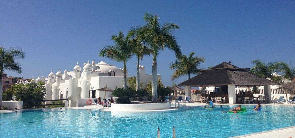 Tenerife, Adeje Paradise 2 luxe duplexen te huur van Belgen, met 2 ruime private zonneterrassen, veilig zonnen verzekerd!!